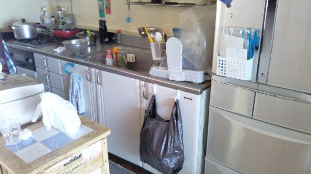 改修前 壁付けI型キッチン